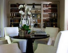 love the dining/library feel!