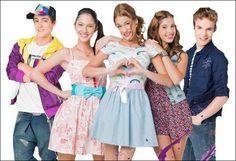 Maxi,Francesca,Violetta,Camila y Napo.
