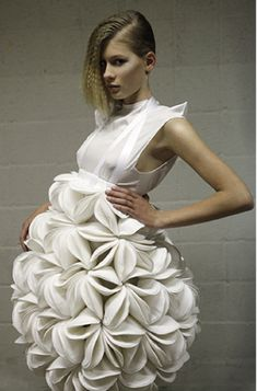 Wow, like whipped cream.  Winde Rienstra 2011 Repinned by Fashion Net