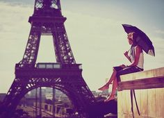 Longing for a sunny day in front of la tour