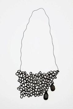 Gabrielle Desmarais, art jewelry, bib necklace, pendant, black necklace