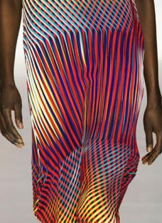 patternprints journal: PATTERNS, PRINTS, TEXTURES AND SURFACES INTO F/W 2016/17 FASHION COLLECTIONS / PARIS 8 -  Issey Miyake