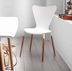 Scopri il nostro catalogo online con mobili per crea originali Ambienti nella tua casa.