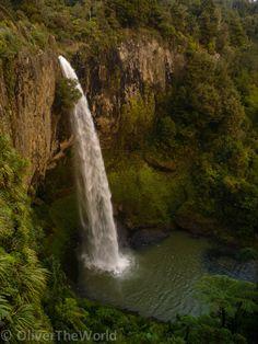 Bridal Veil Falls, on the Pakoka River in the Waikato region of the North Island