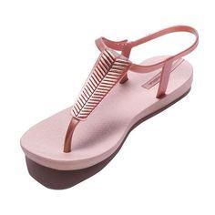 e4c27408f0c4a 18 Best Готови за море !  ) Ipanema Sandals   Flip Flops images ...