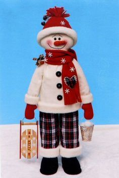 Fabric patterns Christmas Snowman, Christmas Crafts, Christmas Decorations, Christmas Ornaments, Gingerbread Crafts, Snowman Crafts, Fabric Patterns, Dolls, Christmas Sewing