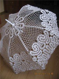 ЗОНТЫ МАК Lace Umbrella, Lace Parasol, Umbrella Wedding, Under My Umbrella, Crochet Fabric, Crochet Doily Patterns, Crochet Designs, Crochet Doilies, Crochet Lace