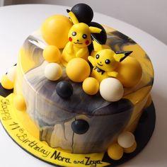 Mirror Glaze Cake, Fondant, How To Make Cake, No Bake Cake, Pokemon, Cake Making, Sweets, Baking, Breakfast