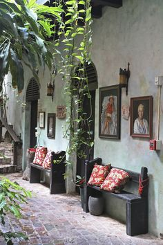 Gallery Inn Old San Juan, atrium 2 by Justine Hand