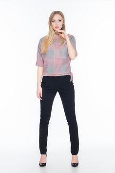 Spodnie z podwyższonym stanem SL4003B www.fajne-sukienki.pl Capri Pants, Black Jeans, Fashion, Moda, Capri Trousers, Fashion Styles, Black Denim Jeans, Fashion Illustrations