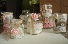 Foto: leuke vintage glazen potten... om er een kaarsje in te doen of geur…