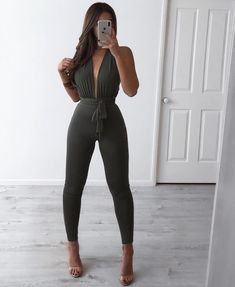 Visit our site for more fashion and outfits ideas Cute Lazy Outfits, Classy Outfits, Chic Outfits, Trendy Outfits, Summer Outfits, Girl Outfits, Fashion Outfits, Young Fashion, Teen Fashion