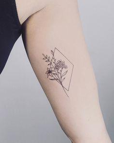 Dainty Tattoos, Pretty Tattoos, Cute Tattoos, Beautiful Tattoos, Body Art Tattoos, New Tattoos, Small Tattoos, Tatoos, Black Tattoo Art