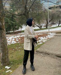 Modest Fashion Hijab, Casual Hijab Outfit, Muslim Fashion, Casual Outfits, Fashion Outfits, Hijabi Girl, Tub, Face, Photography