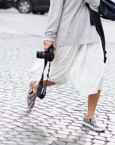 Minimal + Classic: wide white culottes for summer
