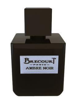 Brecourt Ambre Noir Eau de Parfum Spray  Brecourt Ambre Noir Eau de Parfum Spray. Een sensuele geur met amber. De geur is een amberakkoord gesublimeerd met wulps sandelhout. Mirre een sterke concentratie aan cistusroos-labdanum (bijna zwart van kleur) en de verslavende accenten van vanille uit Madagaskar. Het parfum dankt zijn exclusieve karakter aan een vleugje Calabrische bergamot wat blaadjes magnolia en vluchtige iris.  EUR 79.00  Meer informatie