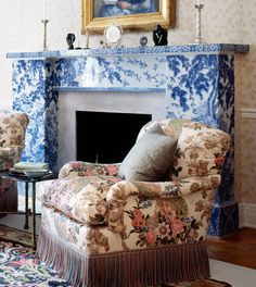 DAVIS---MANTEL Dutch Porcelain
