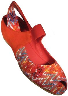huge selection of d86d6 55538 Pas De Rouge Silvia in the Orange Floral Print Size 37 was 295.00