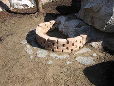 Kuva sivustosta http://www.kasvimaa.fi/blogi/wp-content/uploads/2009/04/nuotiopaikka2.jpg.