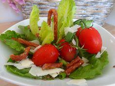 Czary w kuchni- prosto, smacznie, spektakularnie.: Rzymska sałata z suszonymi kabanosami Salads, Salad, Lettuce