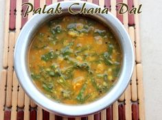 Palak chana dal ..a highly nutritious and protein rich dal recipe made with spinach leaves and Bengal gram .. a perfect  combination with rice and rotis. #northindian #dalrecipes #sidedishforrotis  http://charuscuisine.com/palak-chana-dal-recipe-how-to-make-spinach-chana-dal-dal-recipes/