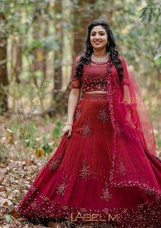 Kerala Bride, Big Day, Lehenga, Brides, Sari, Victorian, Dresses, Fashion, Saree
