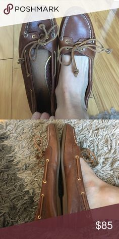 Sperry Brown, look like loafers. Super comfortable selling bc I don't use them anymore. They probably were worn about 8 times max Sperry Top-Sider Shoes Flats & Loafers