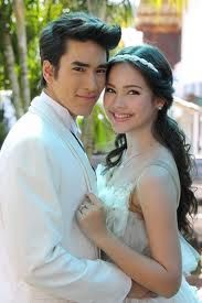 yaya and nadech. Duang Jai Akka nee, ur always cute Ulzzang Couple, Thai Drama, Sweet Couple, The Crown, Cute Couples, Selena, Kdrama, Wattpad, Singer