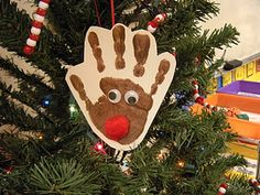 Kindergarten gift to parents - adorable!! Trim a tree? Cute!