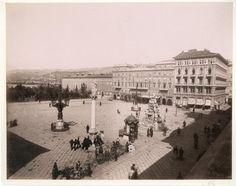 Italia, Trieste. Piazza Grande, ca. 1875    #Europe #Italia #Italie_Nouveautés