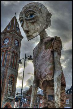 Giant kick ass sculpture from Berkshire