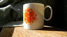 80's mug love.