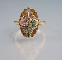 Black Hills Gold Ring Leaf Design
