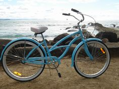 A beach cruiser built for Misquamicut? Naa...Mine would have to be fire engine red with flames and a banana seat :-)