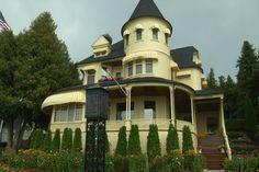 Amazing Northern Michigan Homes: Mackinac Island West Bluff Vict - Northern Michigan's News Leader