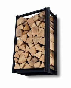 Houtopslag Woodstack is een stoer en robuust rek van ijzer. Het is 72 cm hoog, 26,5 cm diep en 43,5 cm breed. Houtopslag voor binnen en buiten gebruik De Woodstack is voorzien van een hoogwaardige roestbestendige matzwarte poedercoating. Hierdoor is de Woodstack zowel binnen als buiten te gebruiken. Modulaire houtopslag Het rek bestaat uit 12 losse profielen en wordt als plat pakket verzonden. De houtopslag is eenvoudig in elkaar te zetten met bijgeleverde boutjes en moertjes en is… Fire Pit Grill, Home Fireplace, Wood Storage, Garden Inspiration, Cool Furniture, Firewood, Metal Working, Outdoor Living, Daddy