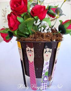 Tutorial: marcadores de páginas de bonecas que viram suporte de vaso.