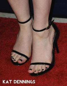 Share, rate and discuss pictures of Kat Dennings's feet on wikiFeet - the most comprehensive celebrity feet database to ever have existed. Beautiful Toes, Pretty Toes, Sexy Sandals, Fashion Sandals, Foot Pics, Black Toe, Sexy Legs And Heels, Foot Toe, Feet Soles