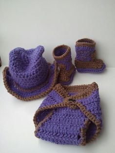 OMG this is sooooooooo CUTE!!!!!  Cowboy baby Set Boots Cowboy Hat and Diaper cover by Dremnstar, $35.50