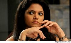 Anuya lashes out at Suchitra! - http://tamilwire.net/60016-anuya-lashes-suchitra.html