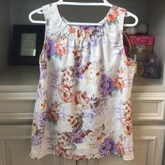 Floral Anthropologie rayon tank size M Sweet floral tank. Great option for spring and summer. Wear with a skirt or jeans and shorts. Anthropologie brand Violet and Claire. Excellent condition. smoke free home Anthropologie Tops Blouses