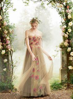 "Duchess Dior: ""In Fine Feather"" Gabriella Wilde for Town & Country Magazine UK Summer 2017 Gabriella Wilde, Christian Dior, Town And Country Magazine, Country Uk, Dior Haute Couture, Couture Bridal, Lesage, Floral Fashion, Bridesmaid Dresses"