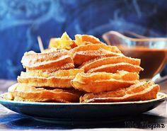 Przepis na churros idealne. Chrupiące z zewnątrz, miękkie w środku, o delikatnej nucie wanilii. Churros sprawdzi się świetnie jako słodki deser na co dzień.