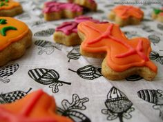 Spooked Cookies- Post-Halloween iced cookies, Autumn, leaves, pumpkins and apples. Cinnamon and brown sugar cookies. Royal Icing.