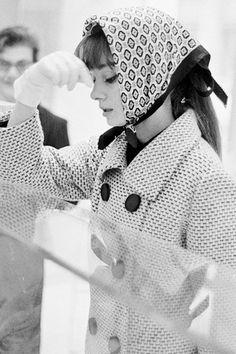 vintagegal: Audrey Hepburn shopping in Rome, 1961