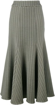 Find the perfect full skirt in the designer full skirts edit at Farfetch. Discover volume skirts & puff skirts from key luxury labels now. Maxi Skirt Fall, Maxi Skirt Outfits, Blouse And Skirt, Midi Dresses, African Fashion Skirts, Office Outfits Women, Midi Flare Skirt, Islamic Fashion, Full Skirts