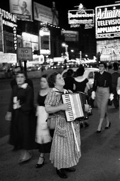 Édouard Boubat :: Times Square, NYC, 1953  / more [+] by this photographer