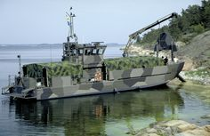 Battle Boats, Swedish Navy, Barge Interior, Explorer Yacht, Utility Boat, Landing Craft, Cool Boats, Navy Military, Navy Ships