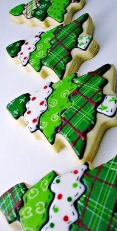 #Christmas #cookies green plaid trees ToniK ℬe Meℜℜy www.sweetsugarbelle.com/blog/2011/12/tour-of-christmas-cookies/