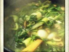 Ζελεδάκια ζωμού λαχανικών Seaweed Salad, Sprouts, Vegetables, Ethnic Recipes, Food, Veggies, Vegetable Recipes, Brussels Sprouts, Meals